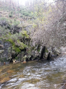 acantilado río jarama
